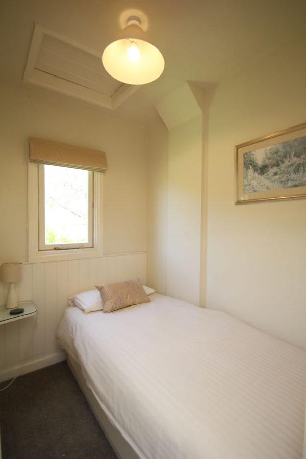 Wisteria Apartment Single Bedrooom